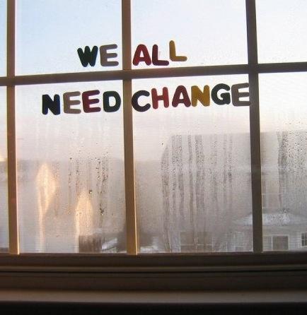 Cambiare tutto o scomparire